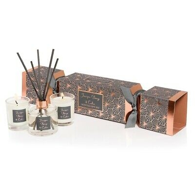 Stoneglow Cracker Gift Set | Seasonal Collection - Juniper, Berry & Cedar | SPRING OFFER